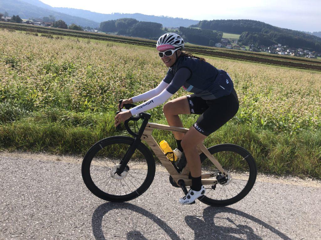 Rennradrahmen aus Holz